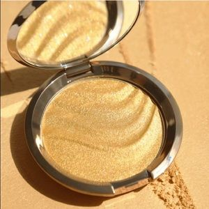 Becca Limited Edition Gold Lava pressedHighlighter